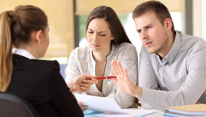 Conflict between salesperson and customer
